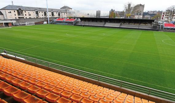 Stade de football de Rodez: Irrigation spécifiques des terrains hybrides